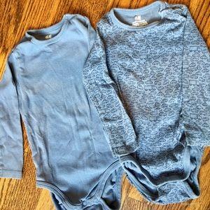 2 organic bodysuits